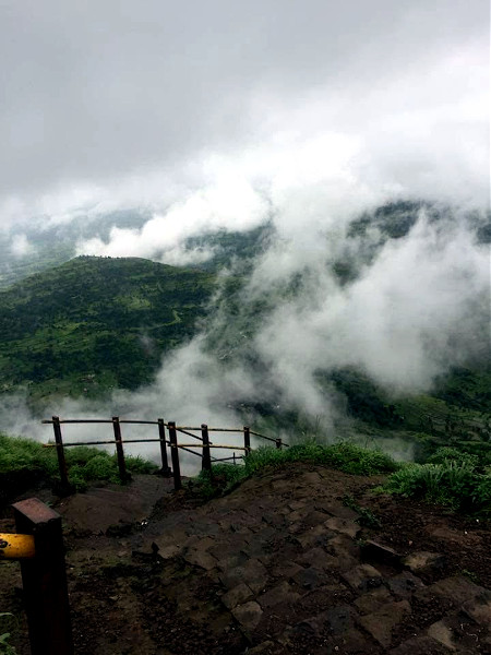 Into the clouds at the peak. Nature in its purest form. Music was heard in the air.