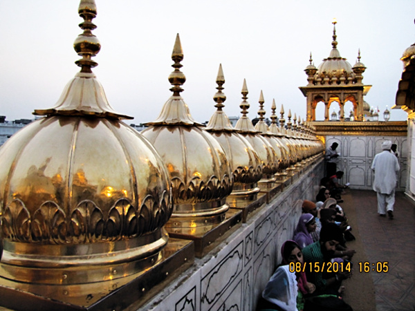 Golden Temple at Amritsar, an attempt to capture the setting evening light on gold, photograph by Rajesh Vasavada.