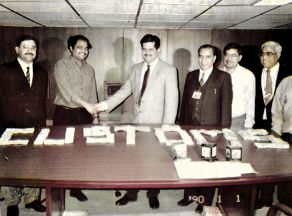 Seizure of foreign currency hidden inside cricket bats at IGI Airport, Delhi in 1992.
